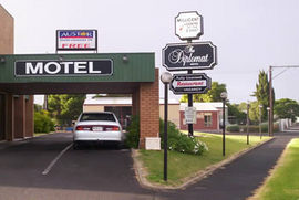 The Diplomat Motel - Accommodation Gladstone