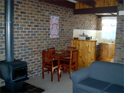 Warrawee Holiday Units - Accommodation Gladstone