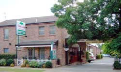 Cedar Lodge Motel - Accommodation Gladstone