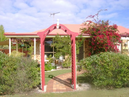 Angels Beach Lodge - Accommodation Gladstone