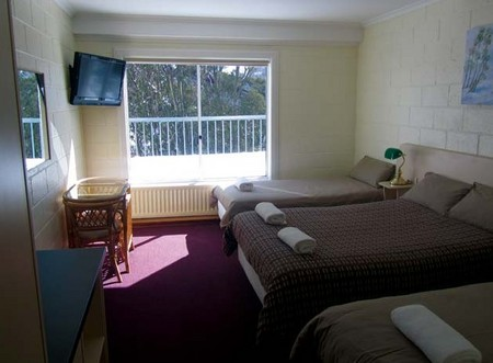Falls Creek Hotel - Accommodation Gladstone