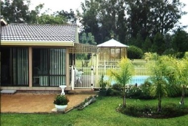 Tallowood Ridge Farmstay B - Accommodation Gladstone