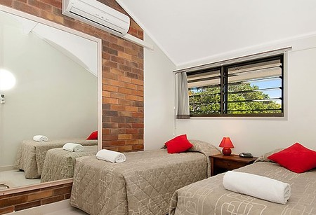 Glen Eden Beach Resort - Accommodation Gladstone