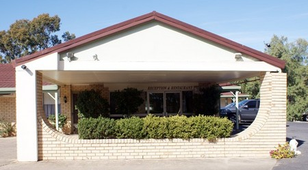 Burke And Wills Moree Motor Inn - Accommodation Gladstone