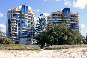 AA Oceana On Broadbeach - Accommodation Gladstone
