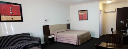 Charles Sturt Motor Inn - Accommodation Gladstone