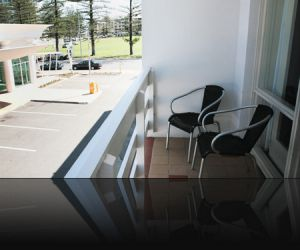 Watermark Glenelg - Accommodation Gladstone