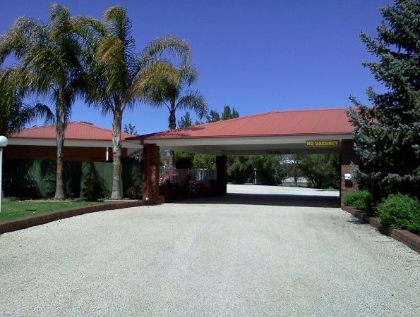 Golden Chain Border Gateway Motel - Accommodation Gladstone