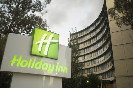 Holiday Inn Melbourne Airport - Accommodation Gladstone