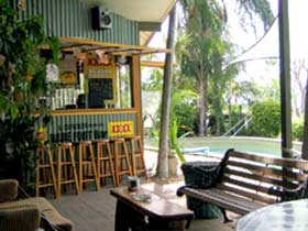 Backpackers By The Bay - Accommodation Gladstone