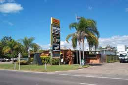 Queens Beach Motor Hotel - Accommodation Gladstone