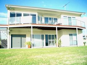 Swanport Views Holiday Home - Accommodation Gladstone