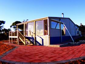 Wilderness Valley Studio Accommodation - Accommodation Gladstone