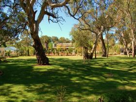 Jacobs Creek Retreat at Moorooroo Park - Accommodation Gladstone