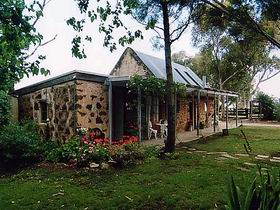 Lawley Farm - Accommodation Gladstone