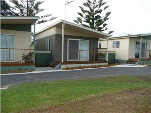 Kingston Caravan Park - Accommodation Gladstone