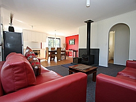 Bruny Island Villas - Eversley - Accommodation Gladstone