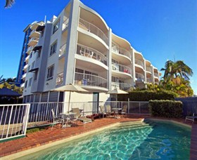 The Beach Houses - Cotton Tree - Accommodation Gladstone