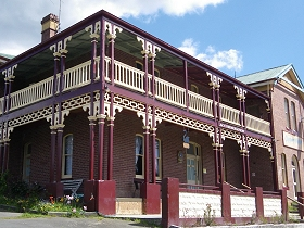 Cygnet Hotel  Guest House - Accommodation Gladstone