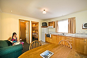 Leisureville Caravan Park - Accommodation Gladstone