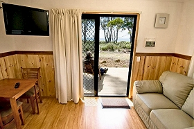 Captain James Cook Caravan Park - Accommodation Gladstone