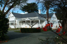 Huonville Guesthouse - Accommodation Gladstone