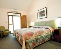 Gundaroo Colonial Inn - Accommodation Gladstone