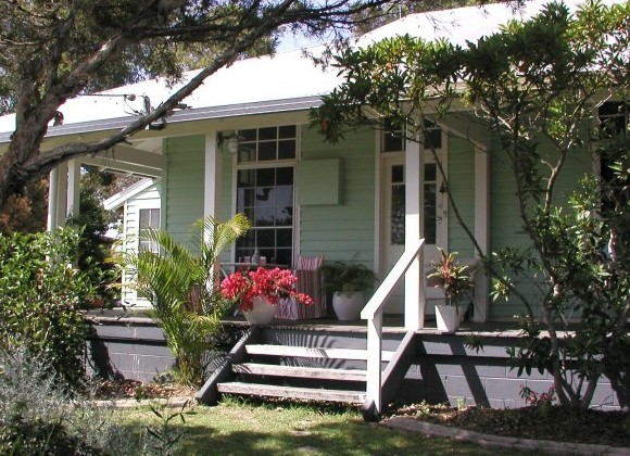 Huskisson Bed  Breakfast - Accommodation Gladstone