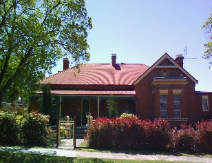 Tumut Accommodation Sefton House - Accommodation Gladstone