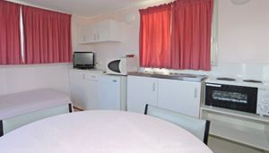 Aukaka Caravan Park - Accommodation Gladstone