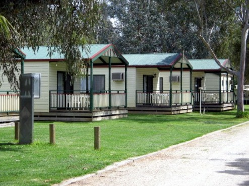 Howlong Caravan Park - Accommodation Gladstone