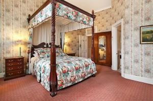 The Old George And Dragon Guesthouse - Accommodation Gladstone