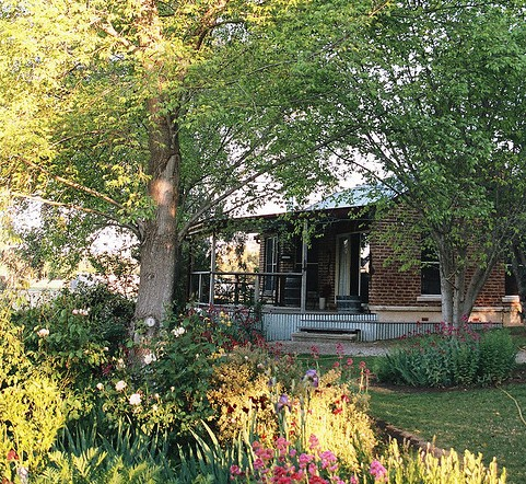 Amazing Country Escapes - Evanslea By The River - Accommodation Gladstone