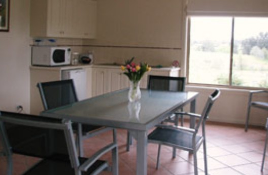 Burns B and B and Yabby Farm - Accommodation Gladstone