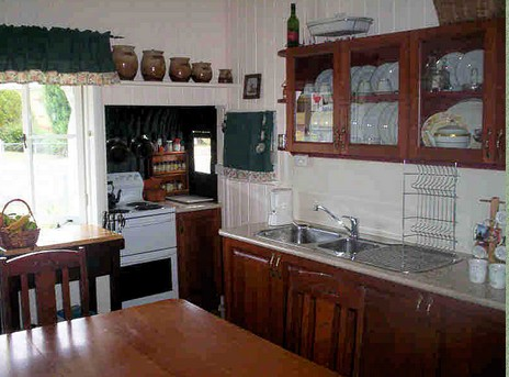 Dillons Cottage - Accommodation Gladstone