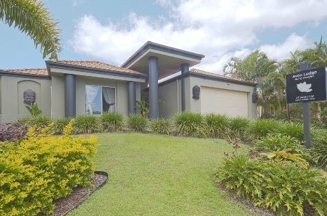 Avon Lodge Bribie Island - Accommodation Gladstone