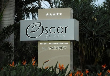 Oscar On Main Resort - Accommodation Gladstone