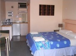 Blue Marlin Resort And Motor Inn - Accommodation Gladstone