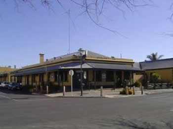Woolshed Inn Hotel - Accommodation Gladstone