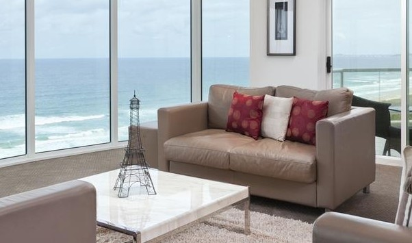 Mint Broadbeach - Accommodation Gladstone
