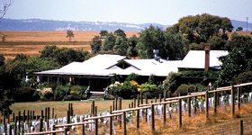 Lancemore Hill - Accommodation Gladstone
