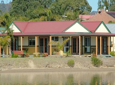 Coachhouse Marina Resort Batemans Bay - Accommodation Gladstone