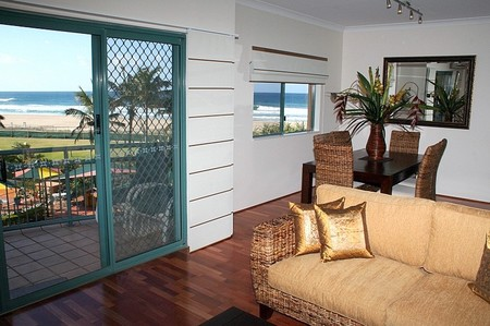 Currumbin Sands on the Beach - Accommodation Gladstone
