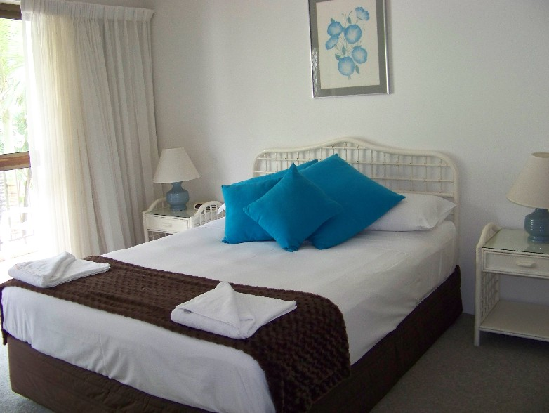 Old Burleigh Court Holiday Apartments - Accommodation Gladstone