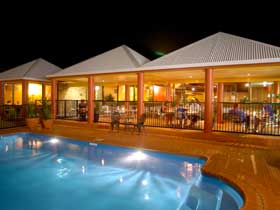 Reef Resort - Accommodation Gladstone