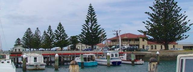 Port Albert Hotel - Accommodation Gladstone