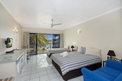 Hinchinbrook Marine Cove Motel - Accommodation Gladstone