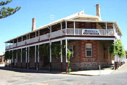 Sonbern Lodge Motel - Accommodation Gladstone
