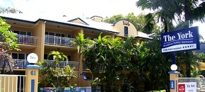 The York Beachfront Holiday Apartments - Accommodation Gladstone