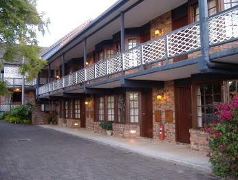 Montville Mountain Inn - Accommodation Gladstone